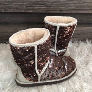 Ugg color changing sequined boots size 8